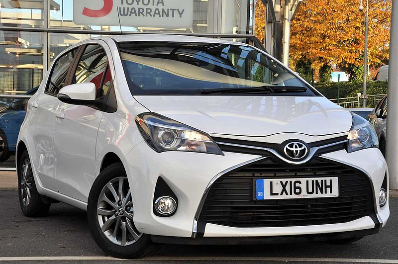 Toyota Yaris 1.4 D-4D Icon 5-Dr Reverse Camera